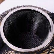 Μαύρη μαντεμένια τσαγιέρα Shippo 0,9 L